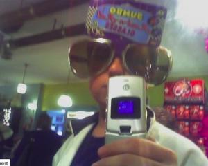 razr-selfie